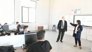 Başkan Gökhan Eğitime Destek Ziyaretlerini Ara Vermeden Sürdürüyor