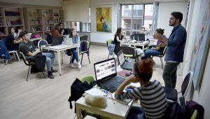 Gençlik Merkezleri Eskişehir'e Gelen Tüm Gençlerin Yanında