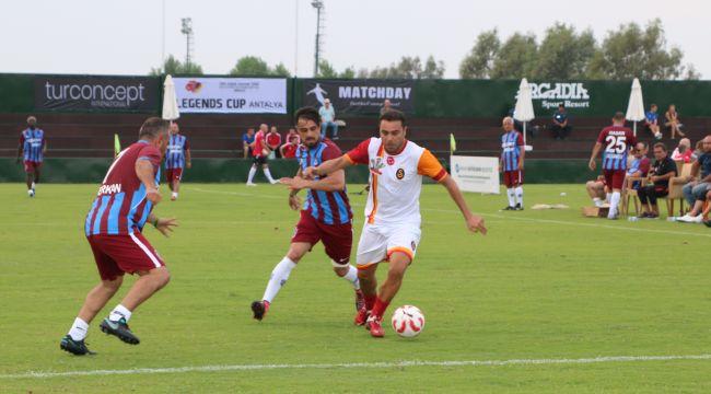 Futbolu efsaneleri Antalya'da buluşuyor