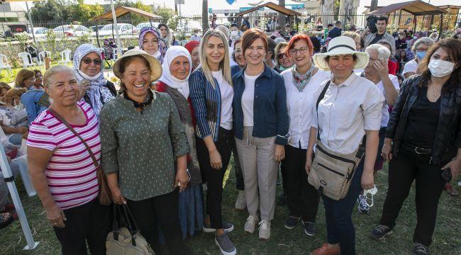 İlham Veren Adımlar Kitabı Mersin'de Yüzlerce Çocuğa Ulaştı