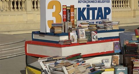 'Büyükçekmece Okuyor Okutuyor' için 10 bin kitap
